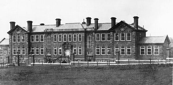 A photo of Hyde County School taken about 1912.